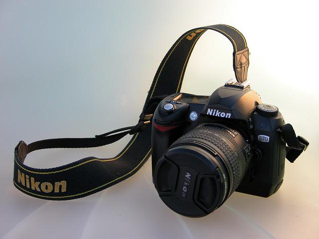 Nikon - D70